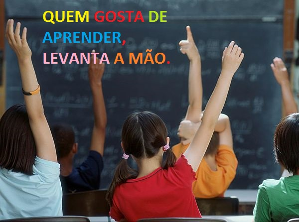 DE VOLTA ÁS AULAS