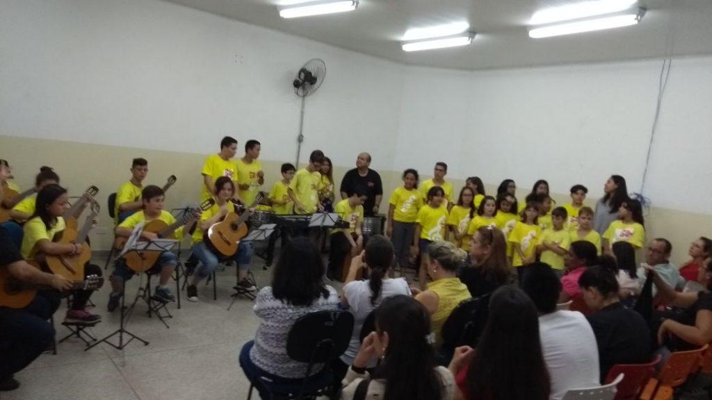 PROJETO GURI APRESENTA CANTATA DE NATAL NA RODOVIÁRIA DE IBIÚNA NESTA 5ªFEIRA